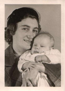 Picture of Annabel as a baby with her Mum