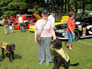 Picture of Annabel and Bunky at a car show